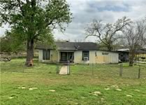 residential property for sale in Nixon Texas